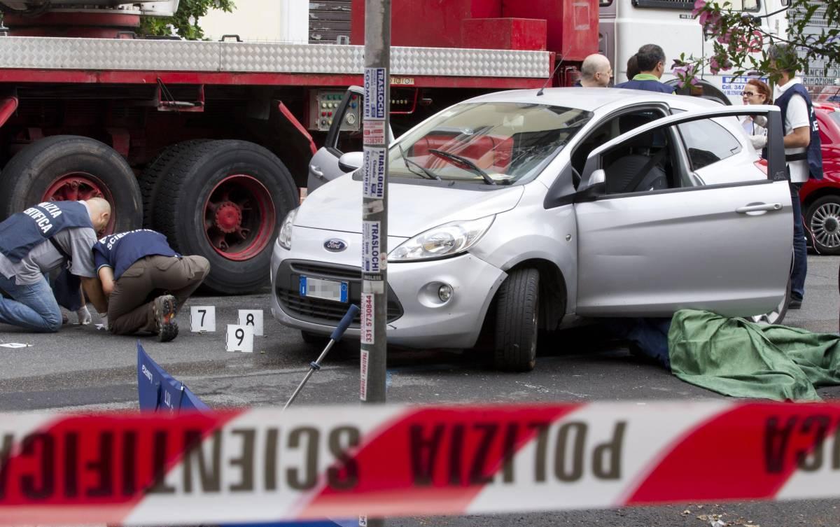 Ucciso figlio di un ex della banda della Magliana  Sette colpi nel torace in pieno giorno a Roma
