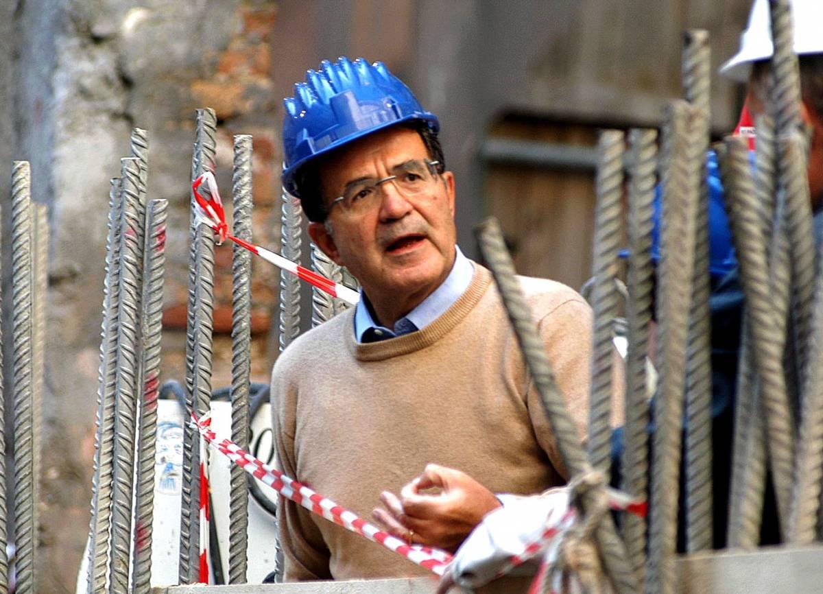 Assalto all'esecutivo  dietro ci sono Rcs,   le banche e pure Prodi