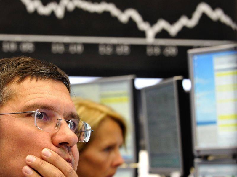 Borse, Piazza Affari in calo: -2,35%  L'Europa brucia 197 miliardi di euro