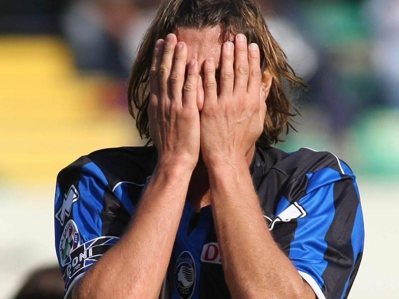 Scommesse, Atalanta penalizzata di 6 punti  Squalifiche per Doni, Paoloni e Signori