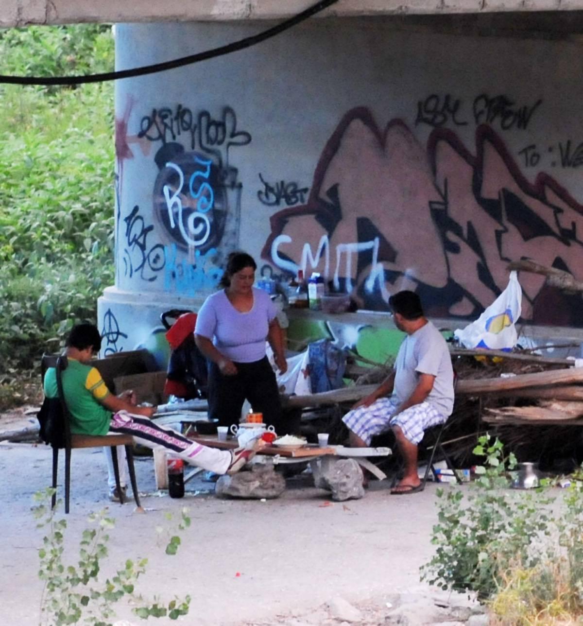 Scidone: «Rimosso il camping rom di Genova Est»