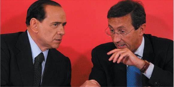A un anno dalla rottura  segnali di disgelo  tra Berlusconi e Fini