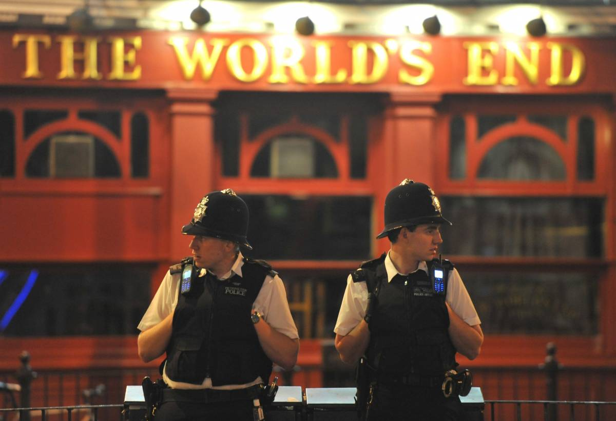 Rivolta a Londra, altre tre persone ammazzate  Investiti mentre difendevano il proprio negozio