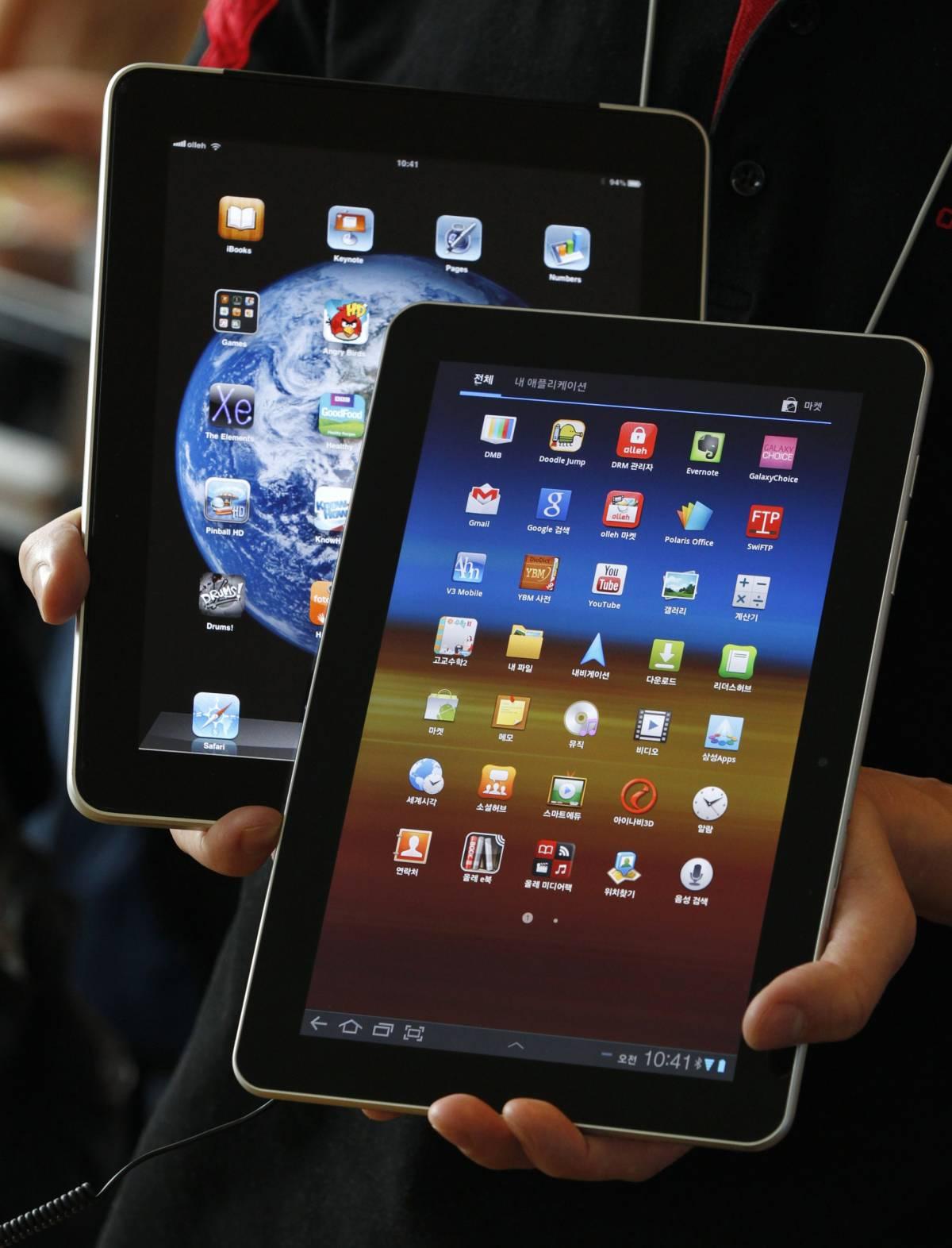 Braccio di ferro tra Apple e Samsung:  i sudcoreani avrebbero copiato Jobs