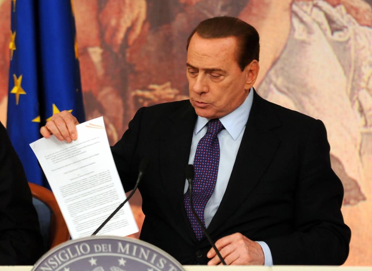 Crediamoci ancora  Solo Berlusconi può  toglierci dal pantano