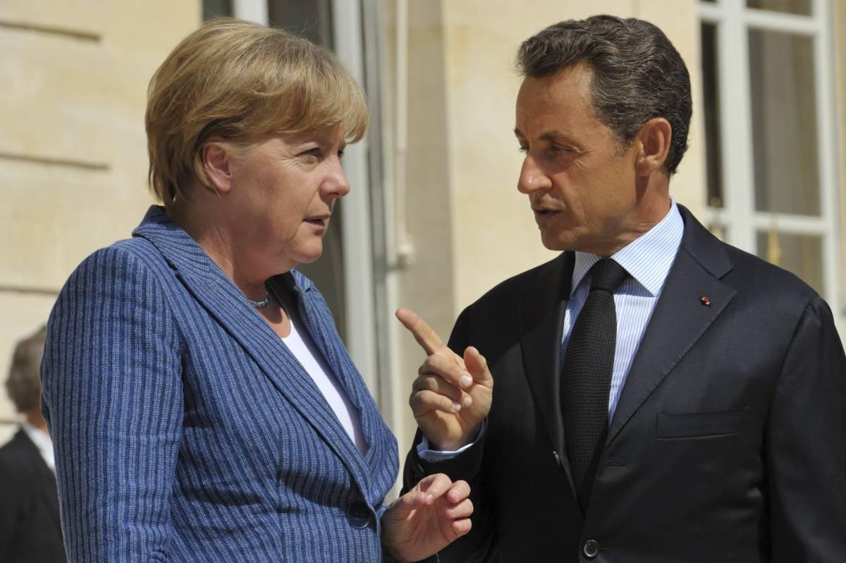Crisi, la proposta Sarkozy-Merkel:  governo economico per l'Europa