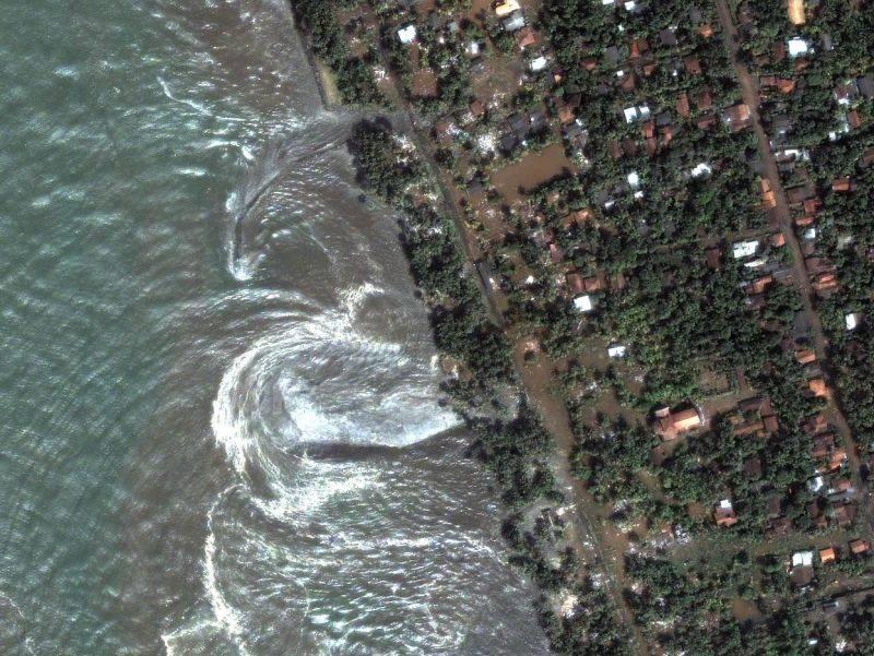 Un sisma di magnitudo 6,8 scuote Fukushima  Illesa la centrale e rientra l'allerta tsunami
