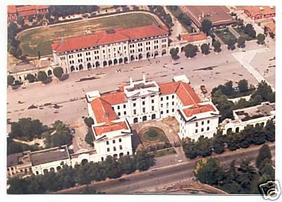 Manovra, nuova ipotesi:  vendere beni dello stato  dalle caserme agli uffici