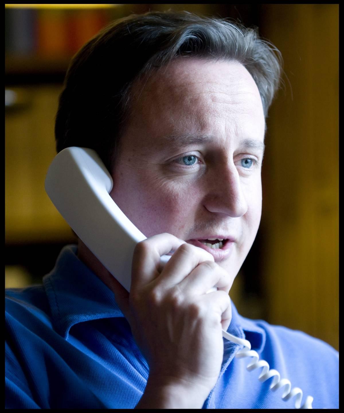 Cameron dopo la Toscana va in Cornovaglia  Per lui è la quinta vacanza dall'inizio dell'anno