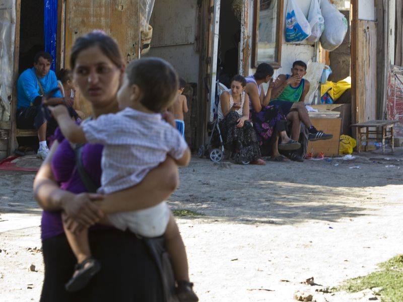 """La proposta slovacca:  """"I poveri sono troppi  Sterilizziamo le rom"""""""