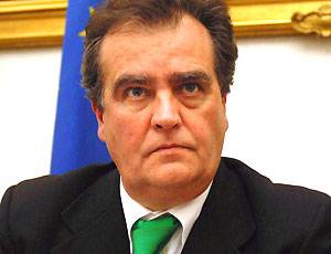 """E Calderoli vede complotti:  """"C'è aria di colpo di Stato"""""""