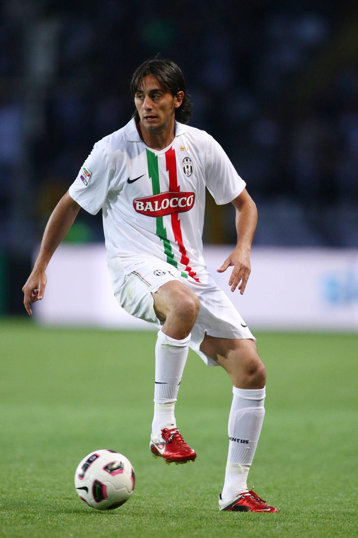 Calciomercato: Aquilani è del Milan, Totti è solo  E l'uruguayano Forlan sente già aria di Inter