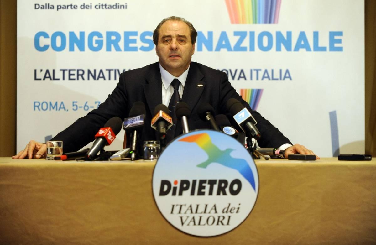 Giravolta di Tonino:  l'opposizione dura   adesso è contro il Pd