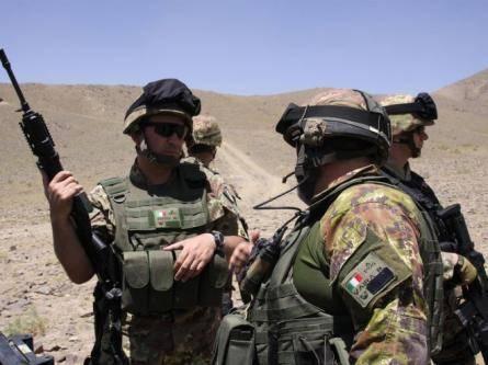 Afghanistan, esplode un ordigno improvvisato:  lievemente feriti due paracadusti italiani