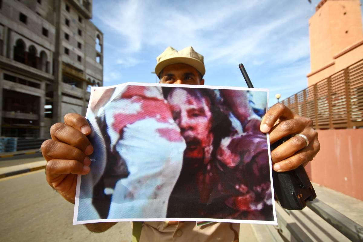 """""""Gheddafi giustiziato da professionisti"""""""