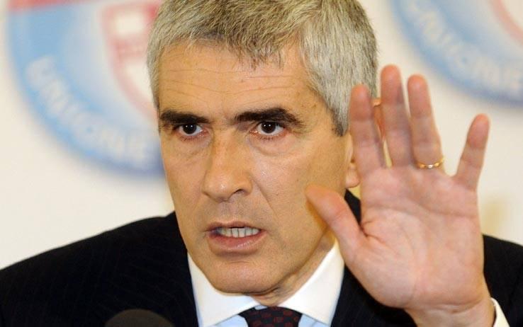 """Enav, l'accusa al leader Udc """"I soldi della mazzetta  destinati a Casini"""""""