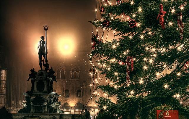 Natale e Capodanno: 10 idee per passare le feste nelle città d'arte dell'Emilia Romagna