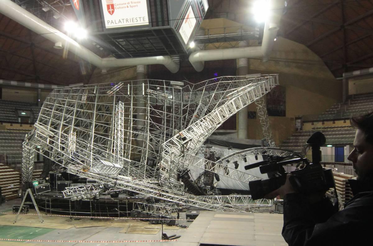 Jovanotti, palco crollato Nove avvisi di garanzia