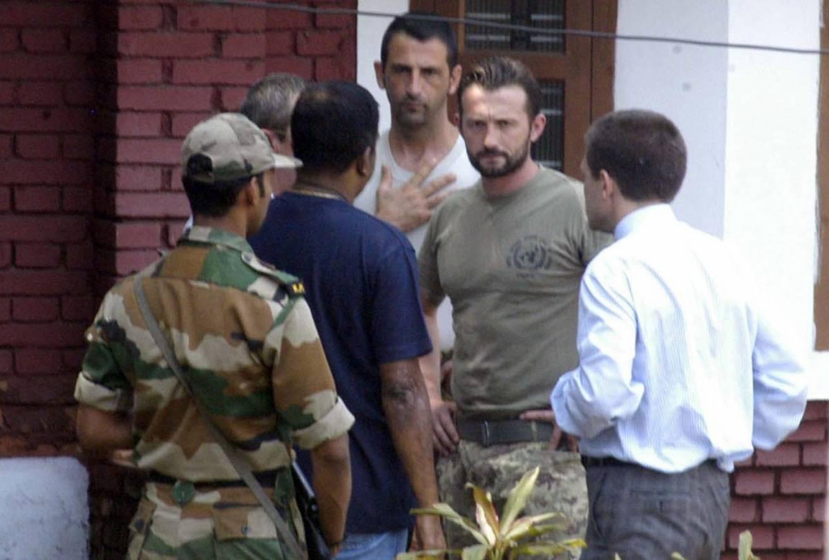 Crisi con l'India, una missione per il governo Riportare subito a casa i nostri due marò
