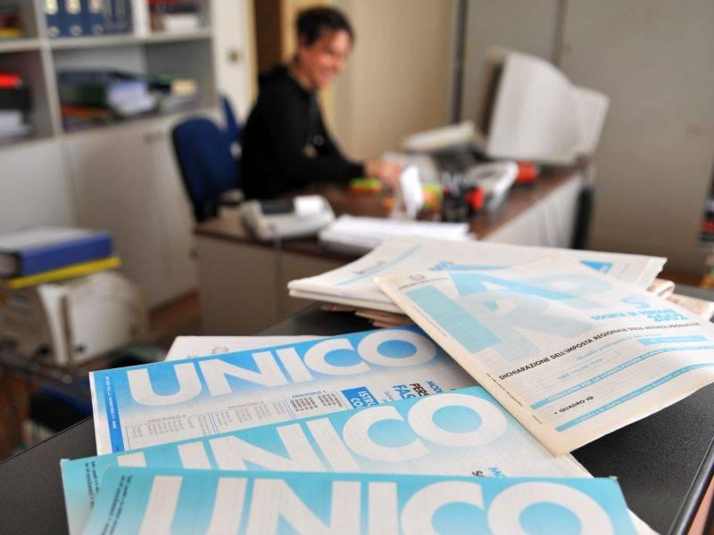 Il fisco è alle stelle, l'Ue avverte l'Italia: pressione sale ancora