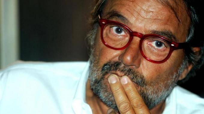"""Oliviero Toscani show:  """"Grillo è bravo ma nazista Monti? Ci parleresti di f...?"""""""