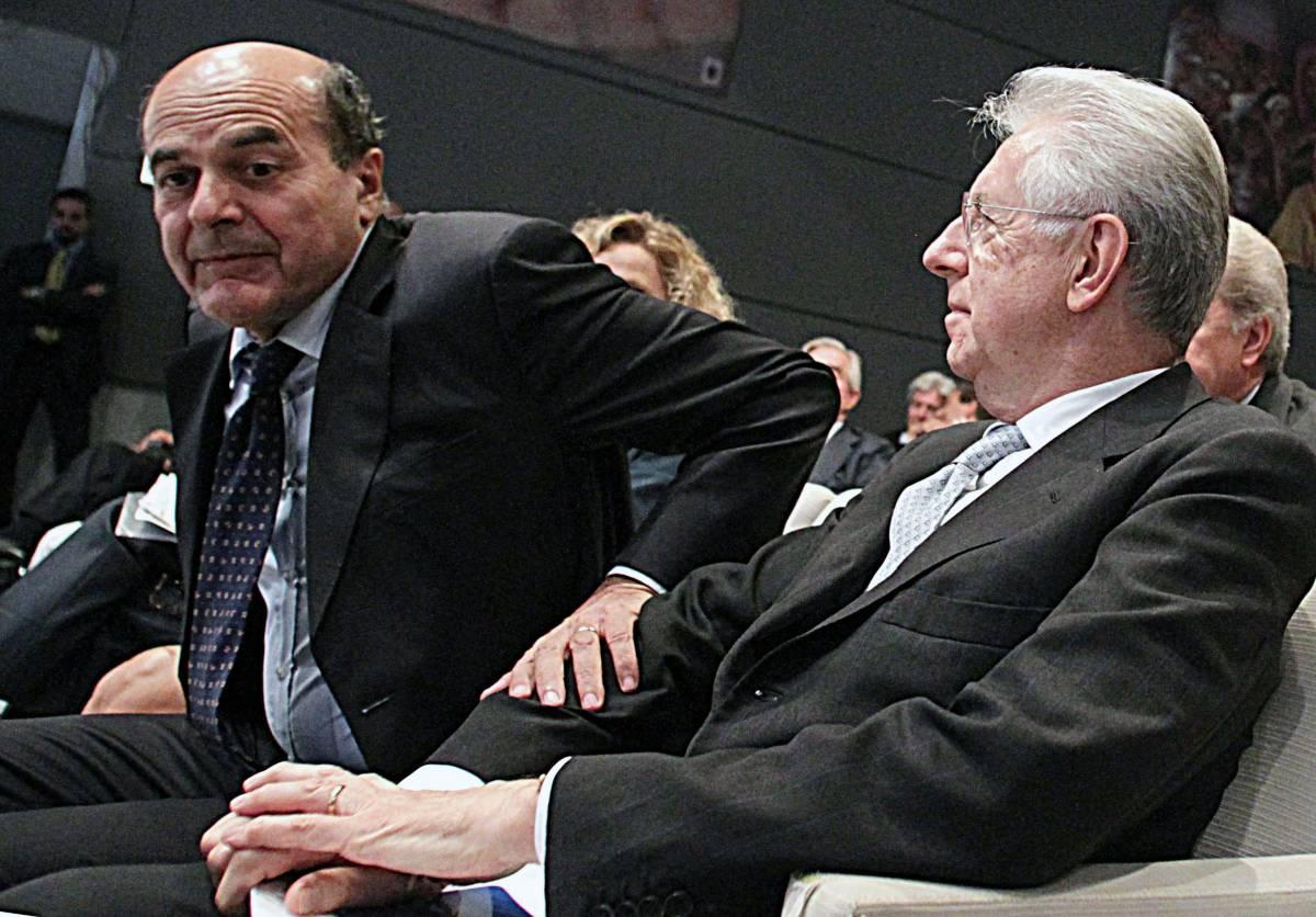 Il segretario del Pd Pier Luigi Bersani e il premier Mario Monti