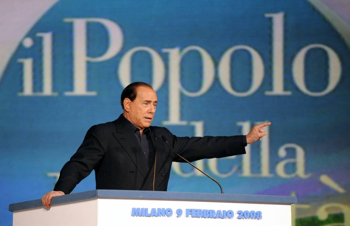 """Confronto tv, il Cav: """"Datemi Bersani"""". Ma il Pd ha paura e prende tempo"""