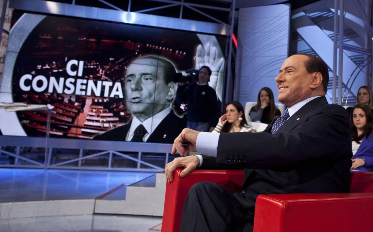 Silvio Berlusconi durante il programma televisivo Agorà su Rai3