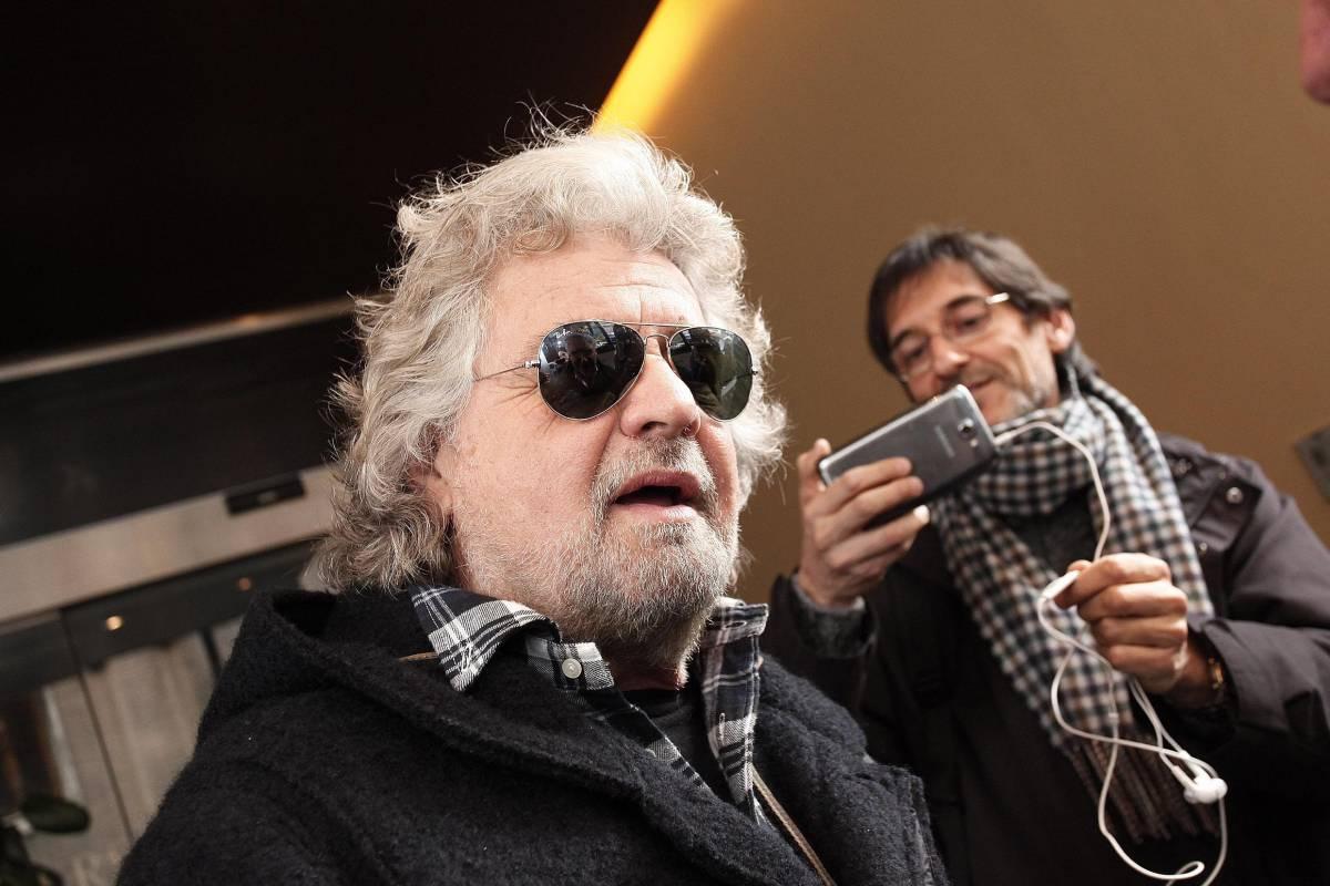 """Adesso Grillo minaccia i suoi: """"Se votate la fiducia mi ritiro"""""""