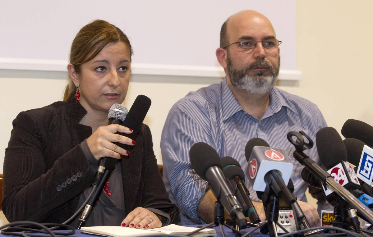 I capogruppo M5S Roberta Lombardi e Vito Crimi