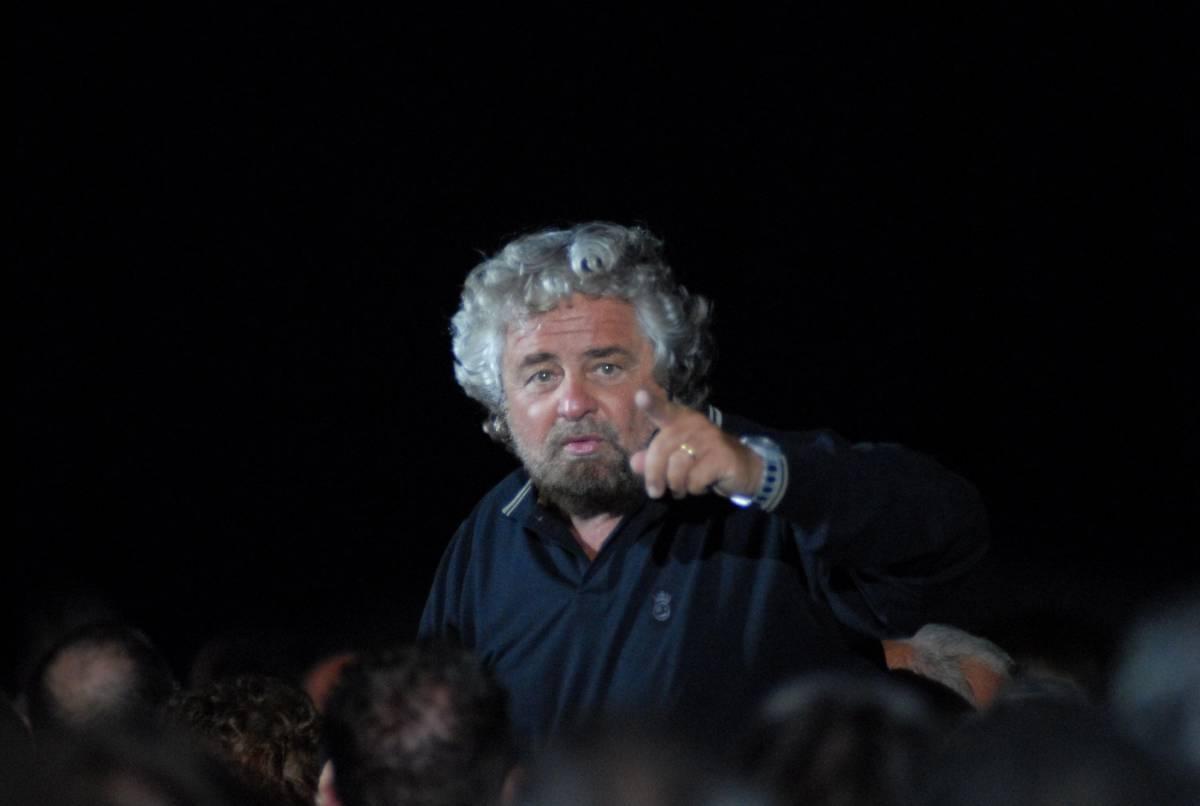 """""""Sono caduti in una trappola"""". Grillo """"perdona"""" i dissidenti?"""