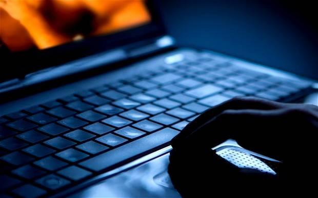 Altro che democrazia digitale: in Italia quattro persone su dieci non si sono mai connesse al web
