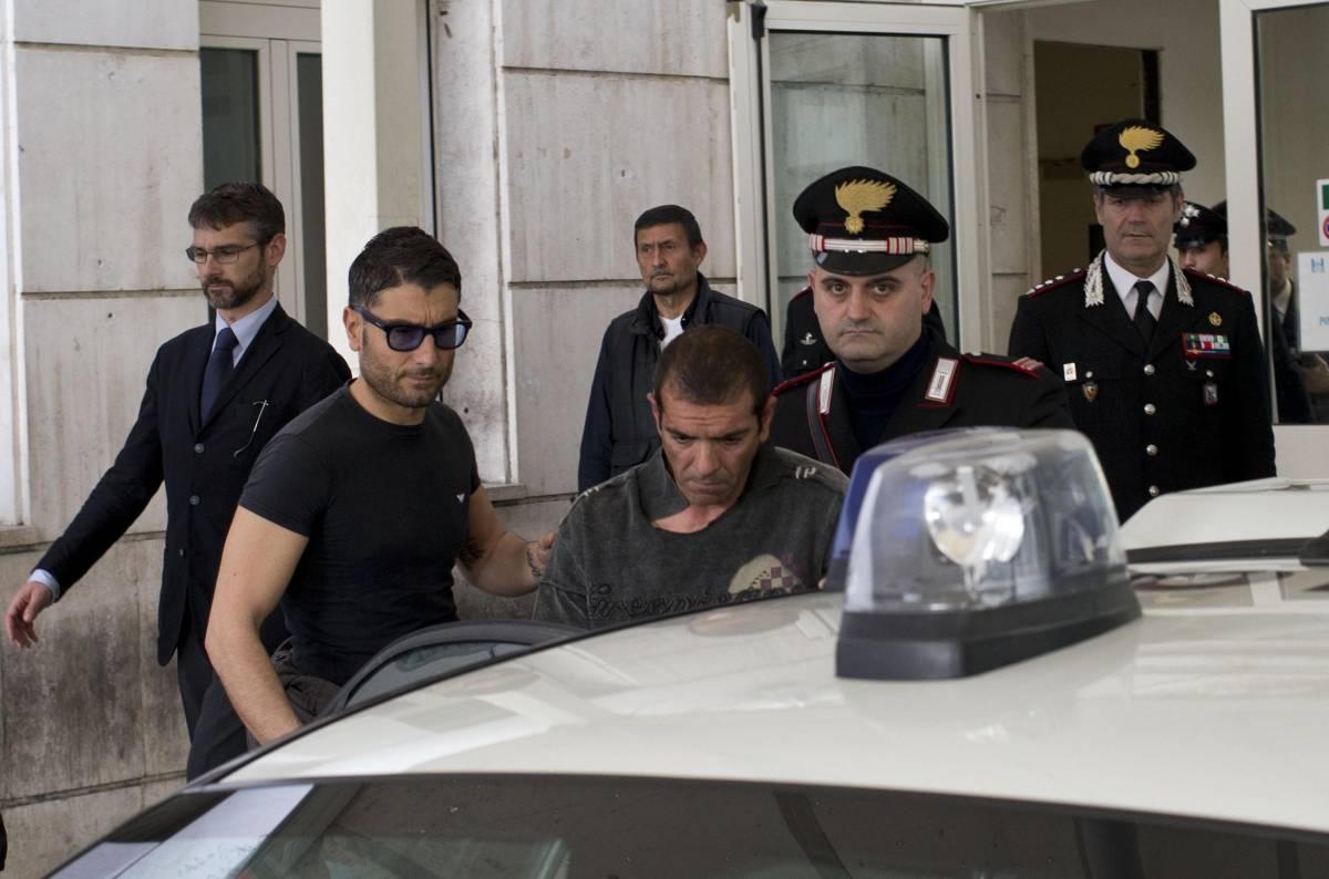 Sparatoria davanti a Palazzo Chigi: feriti due carabinieri