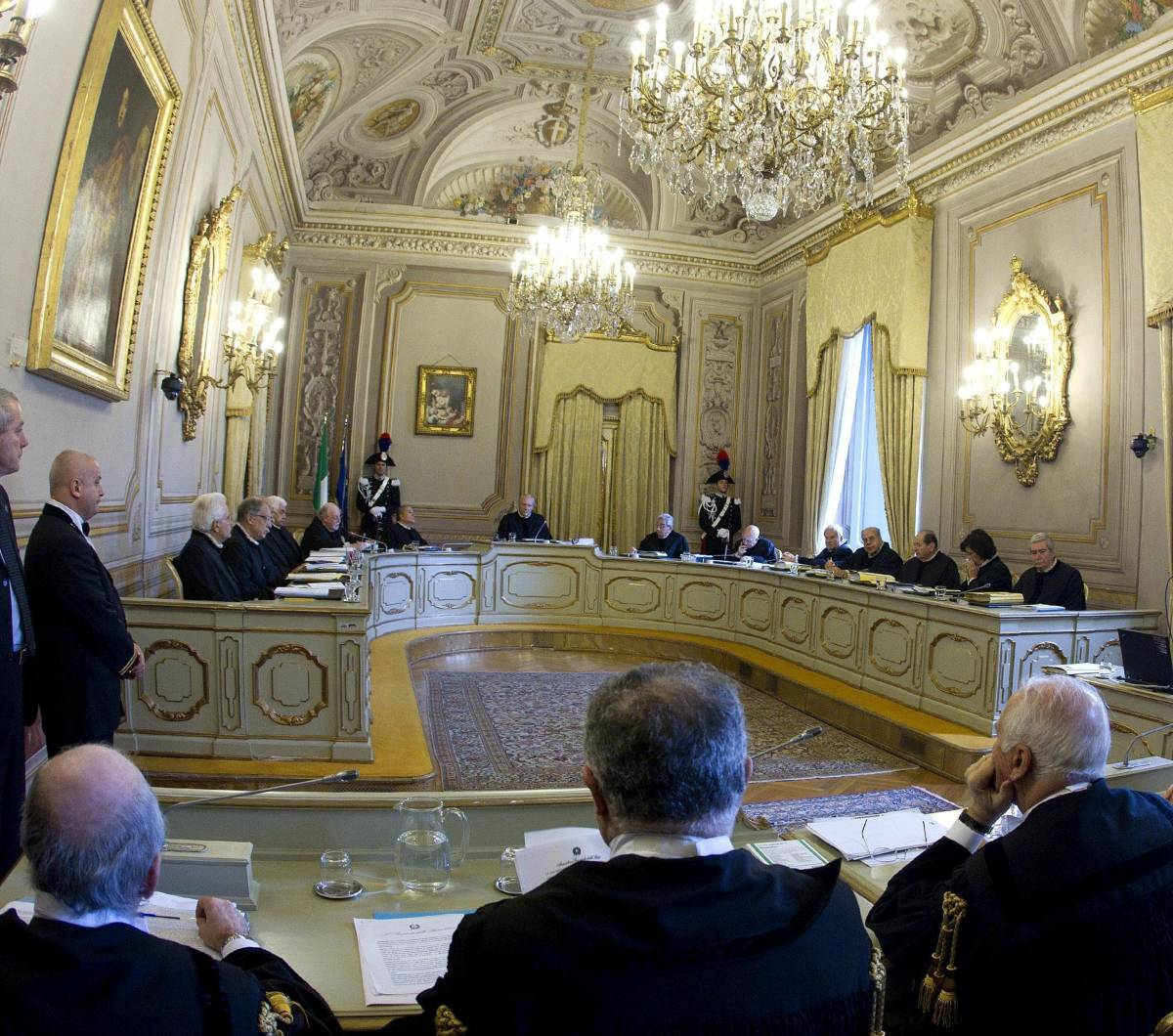 La Corte Costituzionale riunita nel palazzo della Consulta
