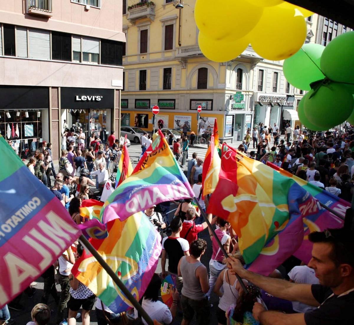 """Arriva il festival lesbo e la sinistra esulta: """"Un regalo e un affare"""""""