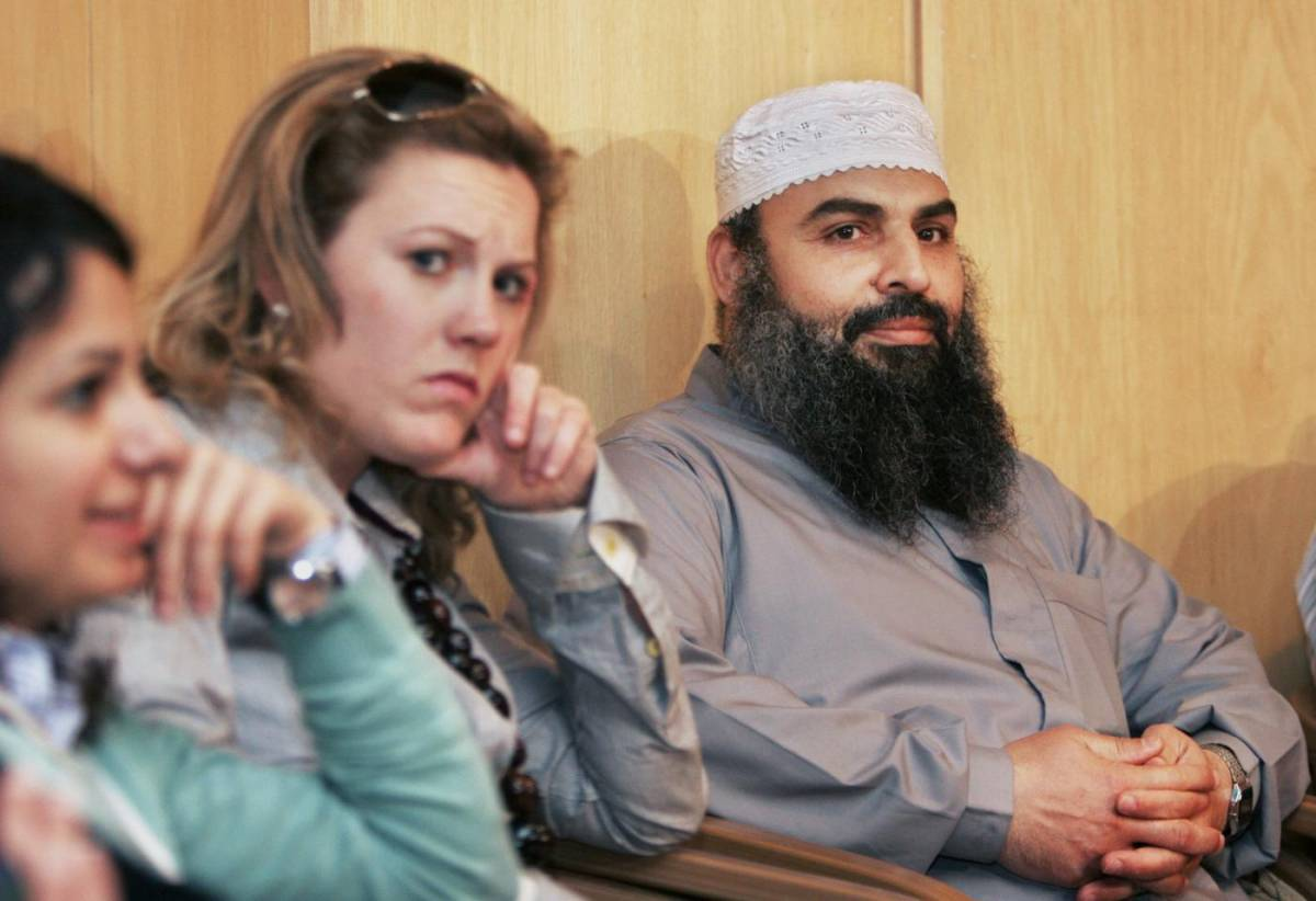 """""""Abu Omar è un terrorista"""". Ma la galera la rischiano gli 007"""