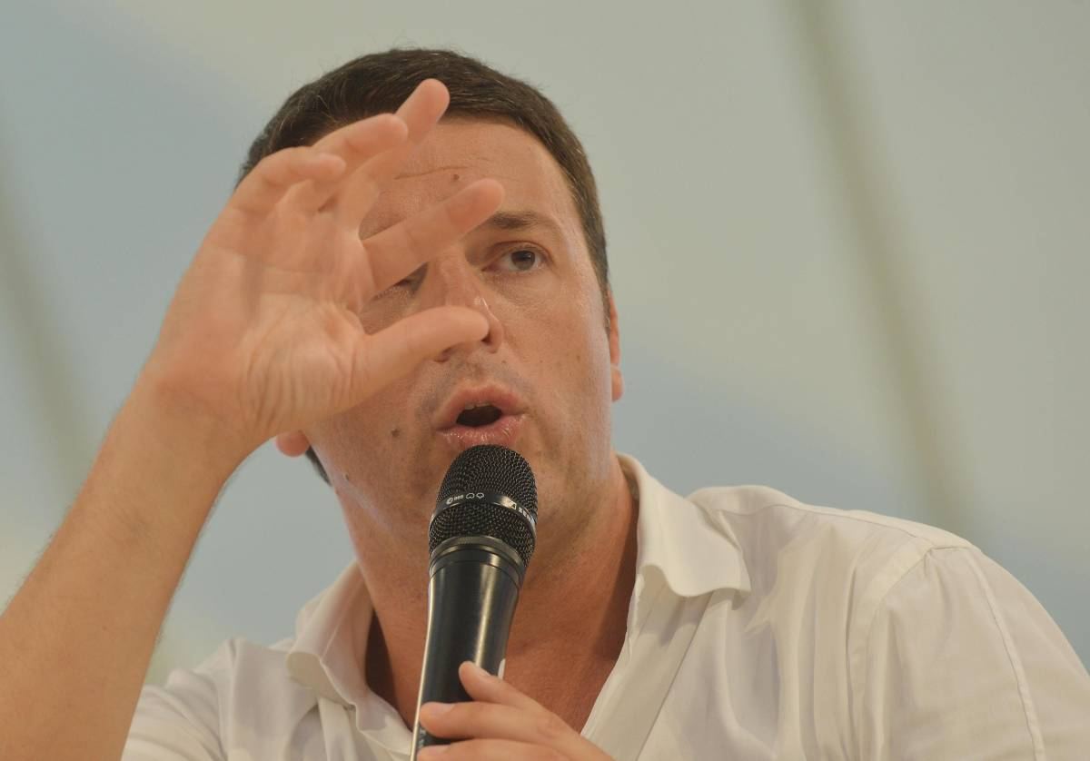 La melina di Renzi: finge di aiutare Letta per prendersi tutto