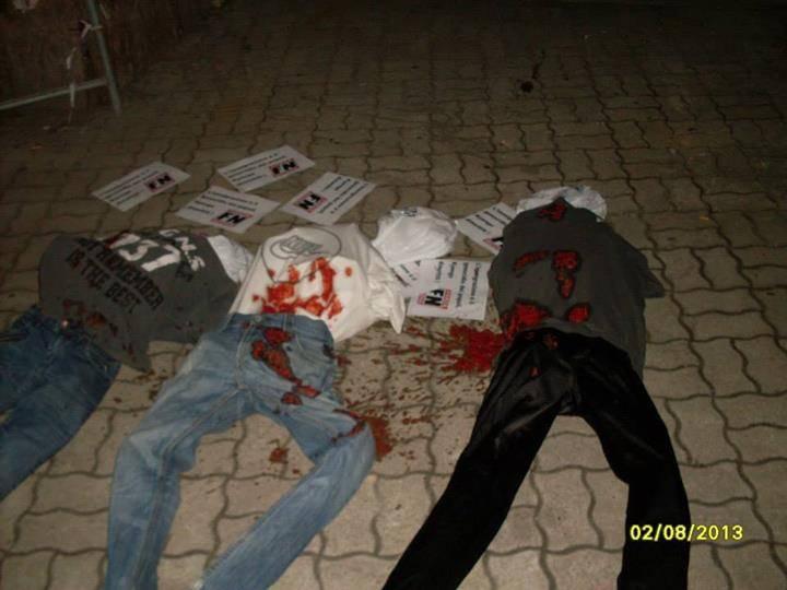 Protesta di Forza Nuova: manichini insanguinati contro la Kyenge
