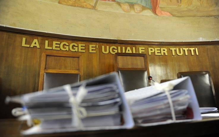 Berlusconi, vent'anni di giustizia a orologeria