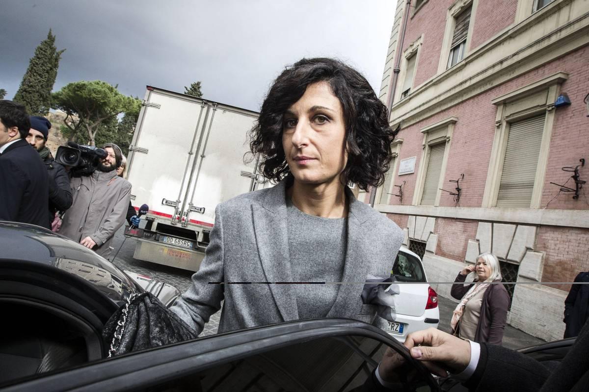 """La denuncia del leghista: """"Ho visto la moglie di Renzi sfrecciare con 4 auto blu"""""""