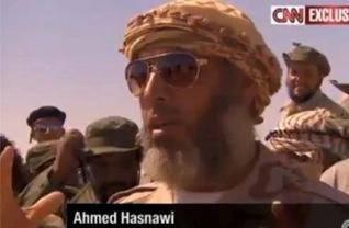 Ahmed Asnawi, uno dei leader della rivolta anti Gheddafi, vicino ad Al Qaida, è ora a capo delle milizie islamiche che gestiscono il traffico di profughi