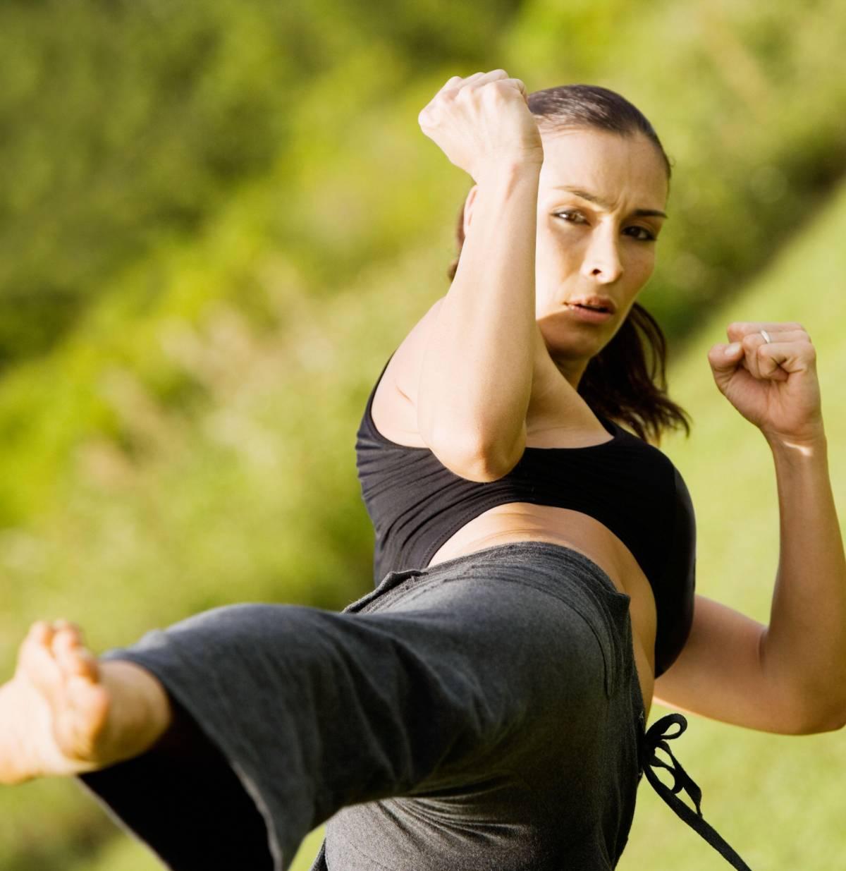 """""""Colpita, affondato"""", il Kickboxing contro la violenza sulle donne"""