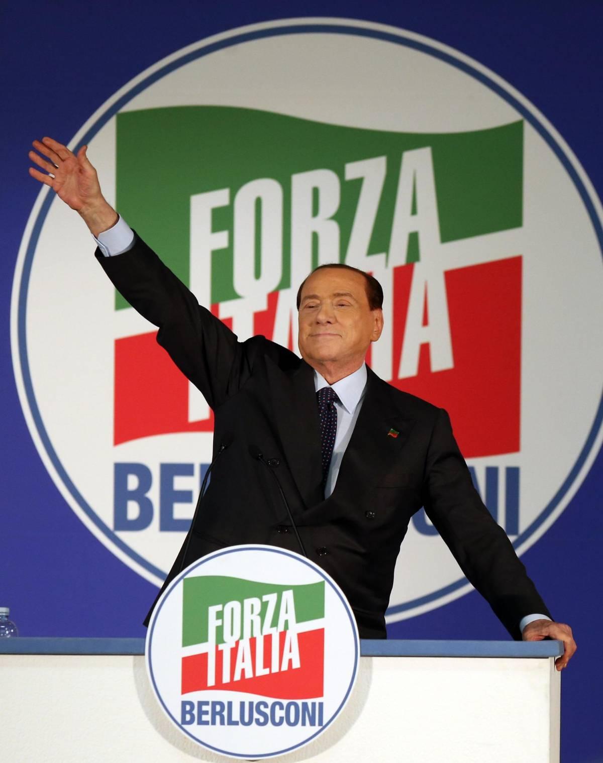 """Berlusconi ridimensiona Salvini: """"Dimostri di saper fare qualcosa"""""""