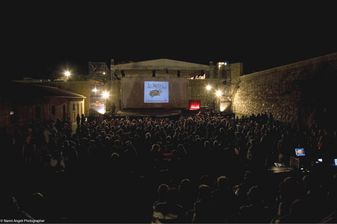"""La Maddalena, la fortezza i Colmi ospita la """"Valigia dell'attore"""" (foto Nanni Angeli)"""