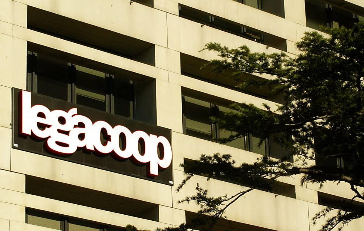 Scoppia il caso delle coop: a rischio 12 miliardi di euro