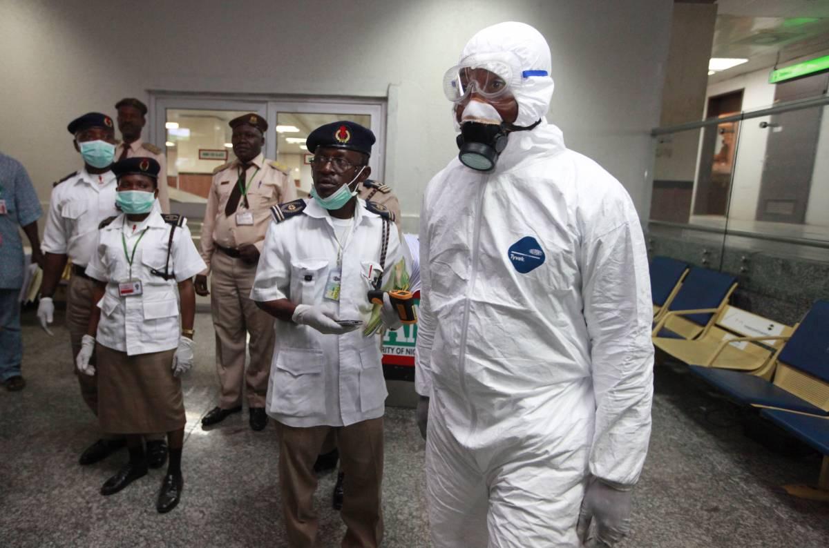 """Ebola, la proposta della Lega: """"Quarantena per gli immigrati"""""""