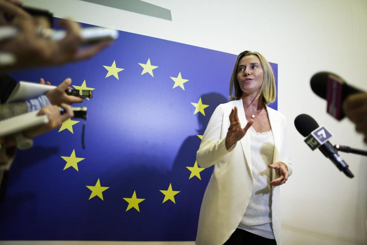 """La Mogherini dopo gli attacchi terroristici : """"Vogliono dividerci dagli arabi ma resteremo uniti"""""""