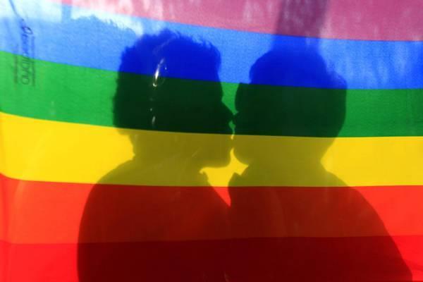 La Regione Lazio regala 70mila euro a un'associazione gay