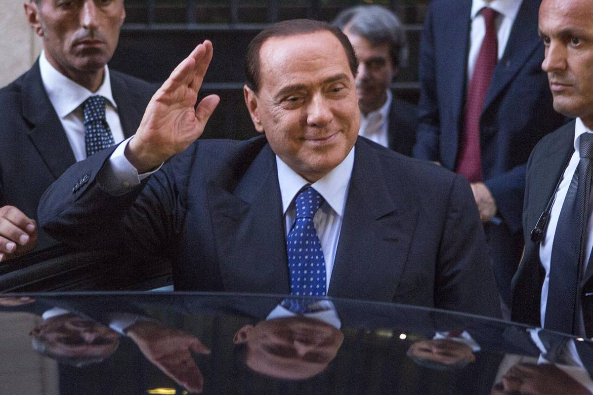 Berlusconi avverte Renzi: stop diktat, serve governabilità