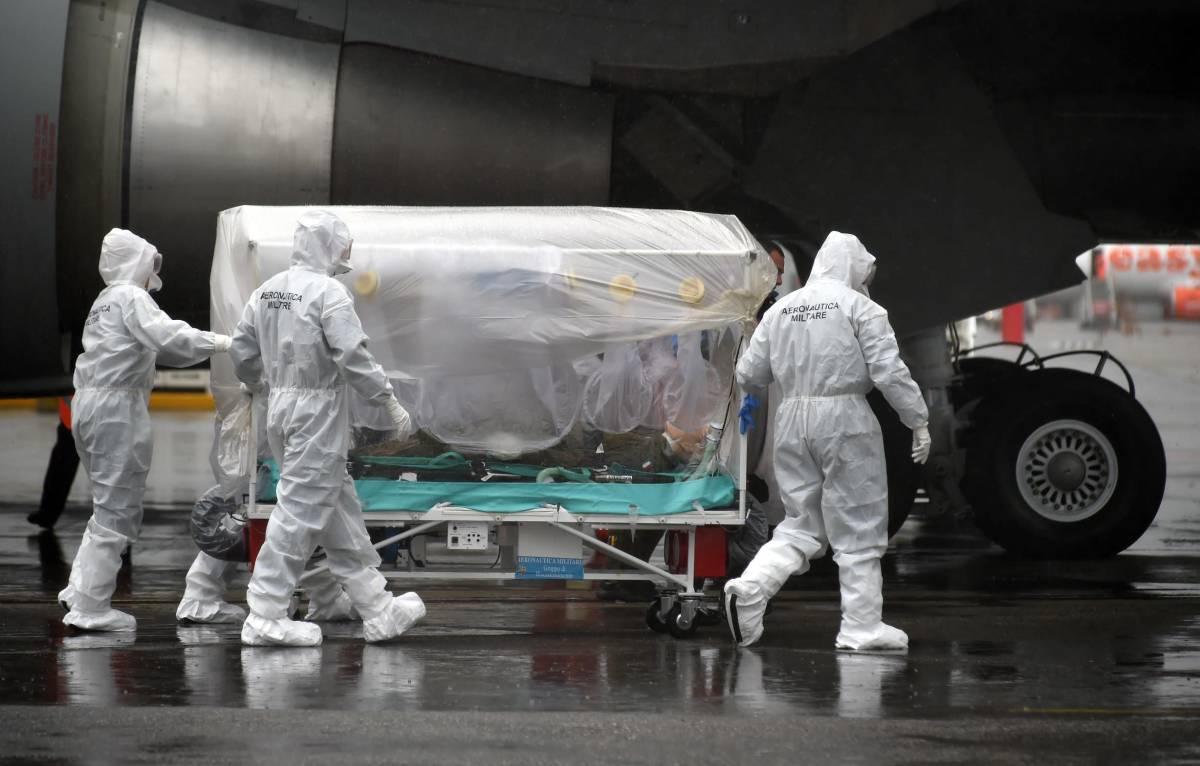 L'aereo dell'aeronautica militare per il nuovo protocollo anti-Ebola